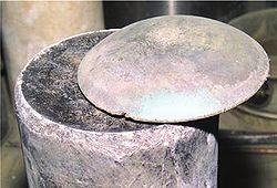 プルトニウム 半減期2.4万年! ...