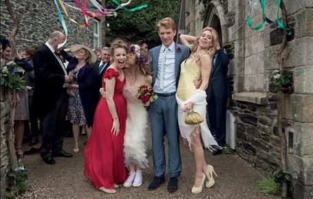 ですので、素朴で、ナチュラルだけれともロマンチックな結婚式といえば、